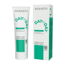 Bioearth Дневной очищающий крем для лица на основе чайного дерева Day by Day