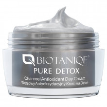 Biotaniqe Дневной крем-антиоксидант с активированным углем Pure Detox